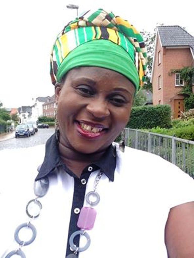Esther Smith, gospel musician